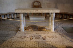 Pic - Table and Stone